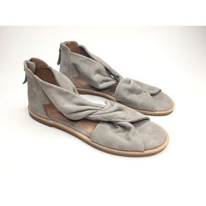 Caslon Maxwell Sandal in Gray Suede - size 6.5